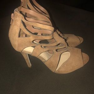Nude Taupe high heels size 8.5